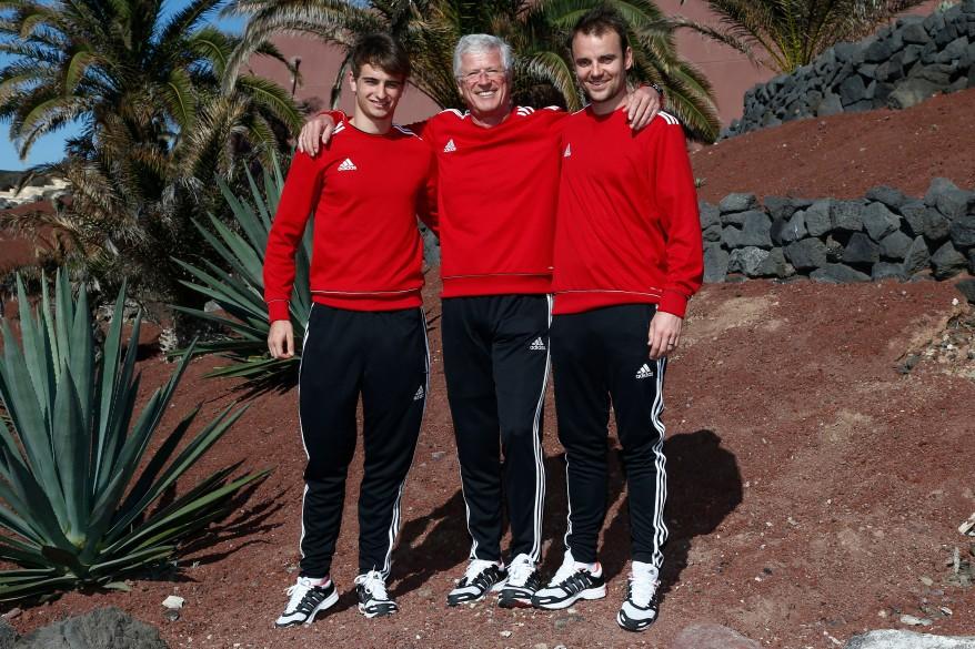 Audi-Teamchef Arno Zensen mit Nico Müller,li und Jamie Green (c)Audi