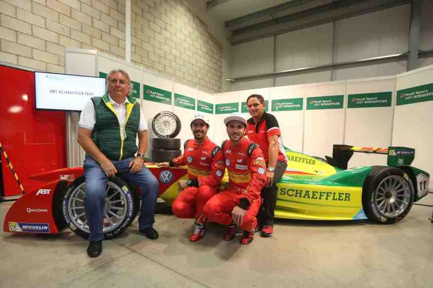 Prof. Peter Gutzmer, Lucas di Grassi, Daniel Abt, Hans-Jürgen Abt,FIA Formula E, Test Donington ©Abt, Schaeffler