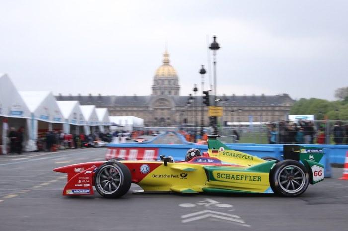 Daniel Abt in Paris (c)Abt