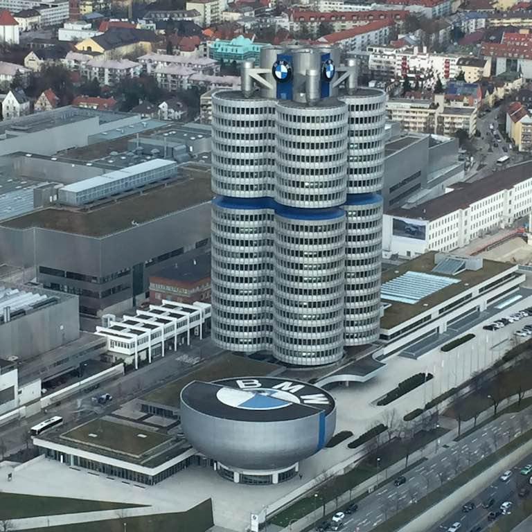BMW Headquarter München(c)EHirsch
