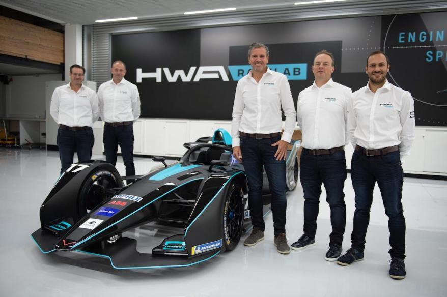 HWA AG Formel E Teampräsentation (c)HWA
