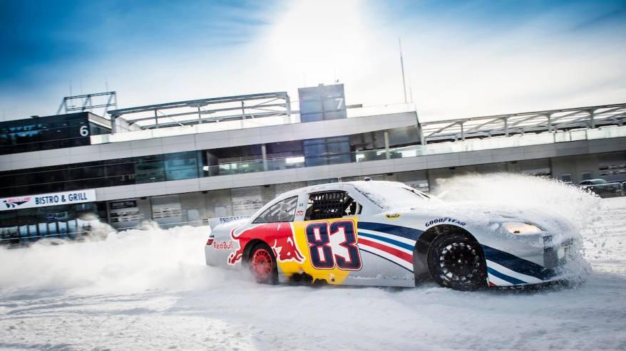 RedBull Nascar Race Car (c)GP Ice Race