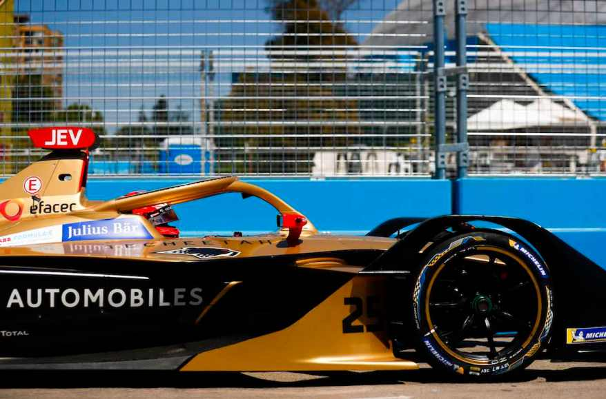 PARQUE O'HIGGINS CIRCUIT, CHILE - JANUARY 26: Jean-Eric Vergne (FRA), DS TECHEETAH, DS E-Tense FE19 during the Santiago E-prix at Parque O'Higgins Circuit on January 26, 2019 in Parque O'Higgins Circuit, Chile. (Photo by Sam Bloxham / LAT Images, DS Techeetah