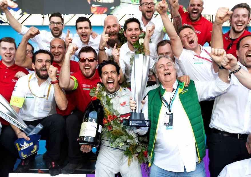 Lucas di Grassi mit Schaeffler-Vorstandsvorsitzenden Prof. Dr. peter Gutzmer Formula E, Mexico City E-Prix 2019 (c)Schaeffler