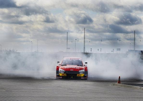Tom Kristensen, MASCOT Audi RS 5 DTM (c)Audi