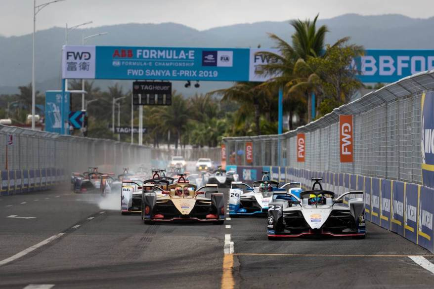 Rowland führt im Sanya E-Prix (c)Nissan