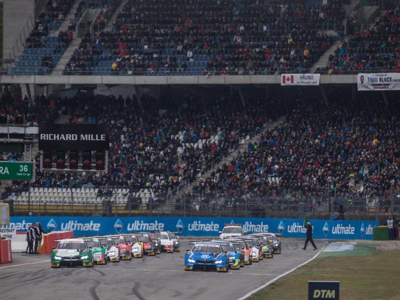 Start Rennen 2 Hockenheim 2019 DTM (c)BMW