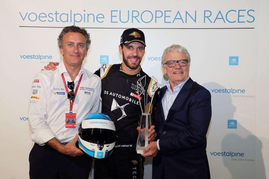 Alejandro Agag (ESP), Jean- Eric Vergne (FRA) DS Techeetah, Gewinner des voestalpine Pokals, Wolfgang Eder (AUT) CEO ©voestalpine