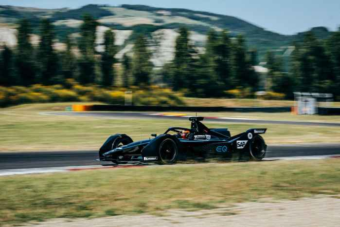 Mercedes Testfahrten-Varano, 24.-25. Juni, 2019 ©Mercedes ,Sebastian Kawka