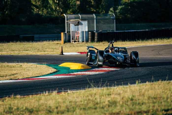 Mercedes Testfahrten-Varano, 24.-25. Juni, 2019 ©Daimler AG ,Sebastian Kawka