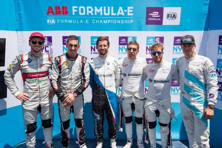 dDaniel Abt (DEU), Audi Sport ABT Schaeffler, Sébastien Buemi (CHE), Nissan e.Dams, Alexander Sims (GBR) BMW I Andretti Motorsports, pRobin Frijns (NLD), Envision Virgin Racing, Sam Bird (GBR), Envision Virgin Racing and Stoffel Vandoorne (BEL), HWA Racelab, after super pole ©HWA