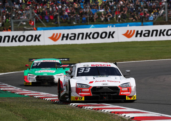 Rene Rast vor Nico Müller,Audi,DTM Brands Hatch 2019 ©Audi