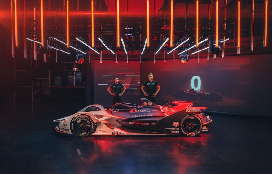 Neel Jani und Andre Lotterer enthüllen den Porsche 99X Electric ©Porsche