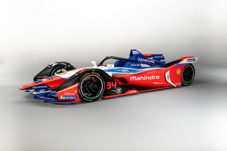 "ZF ist neuer ""Official Powertrain Partner"" für Formel-E-Gründungsteam Mahindra Racing ©Mahindra, ZF, SpacesuitLou Johnson"