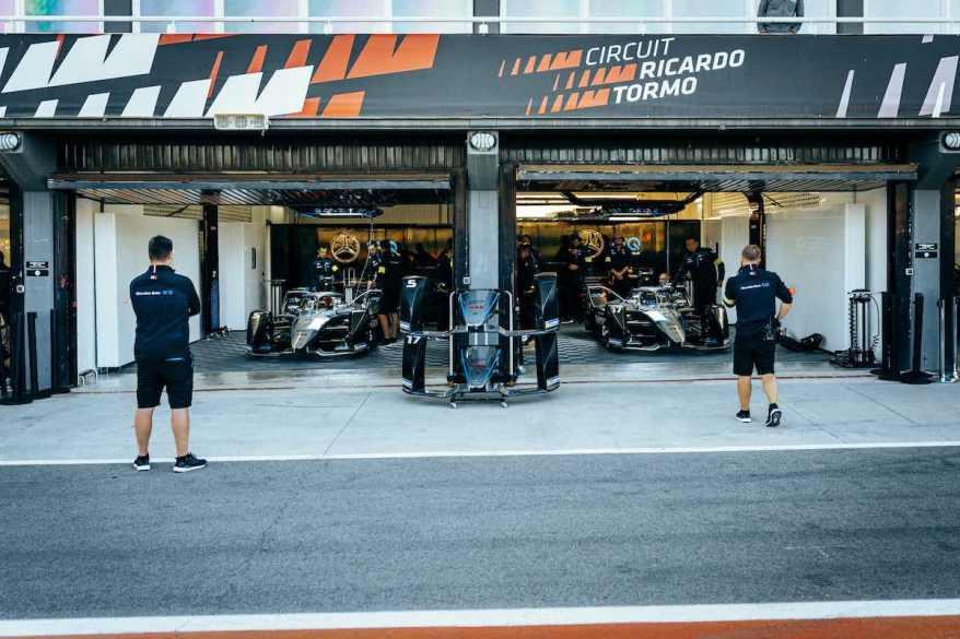 Mercedes-Tests Formel E Valencia - ©Mercedes, Sebastian Kawka