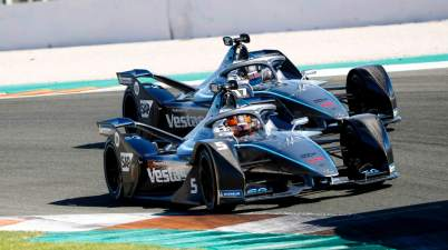 Mercedes Valencia Tests ©Mercedes,LAT_Images