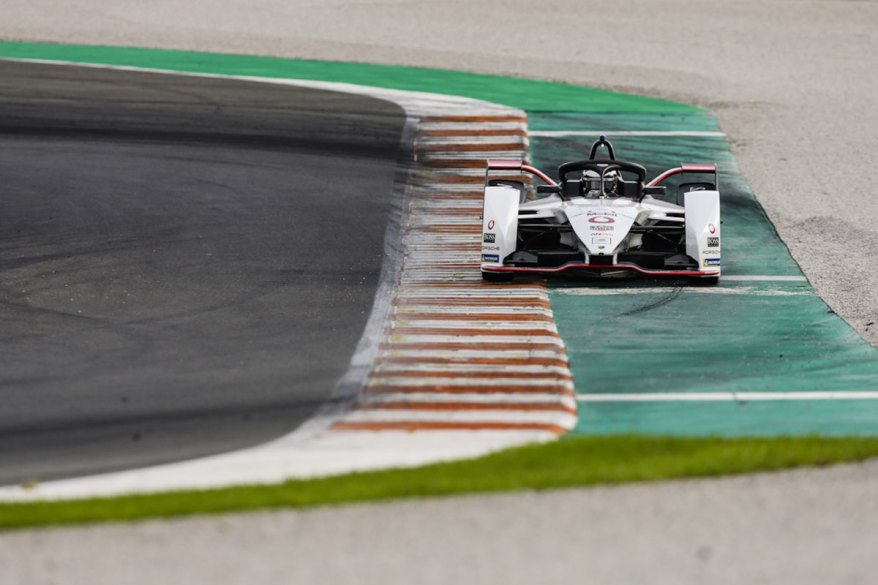 Porsche FE Testsession Valencia©Porsche