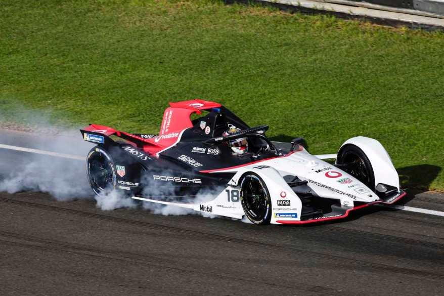 Porsche Tests in Valencia ©Porsche