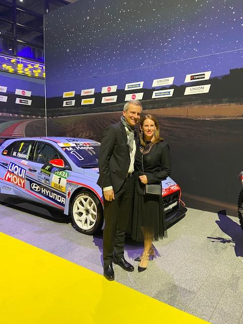 BMW Mogtorsportdirektor Jens Marquardt mit Gattin ©EHirsch