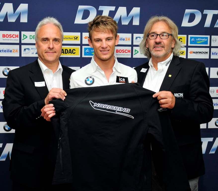 Rennleiter Thomas Dill, Wolfgang Schlosser und Marco Wittmann ©DTM