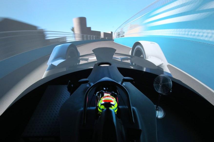 BMW Simulator Muenchen Alex Sims ©BMW