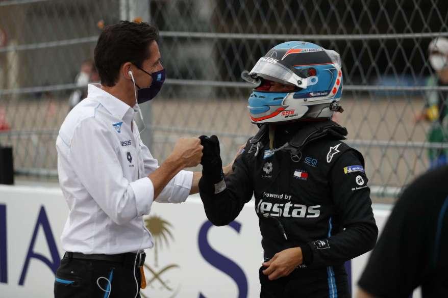 Ian James und Nyck de ries, Mercedes ©Mercedes, LAT Images