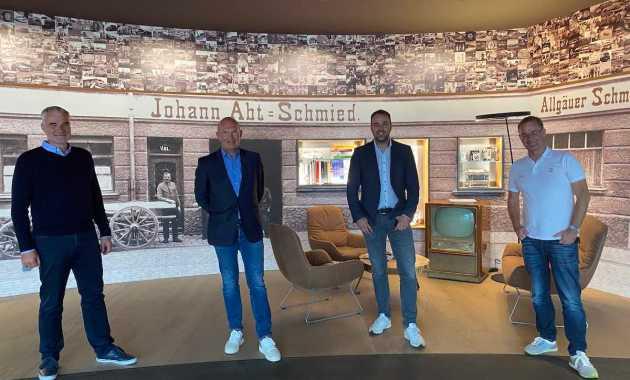 Jörg Walz, Harry Unflath, Thomas Biermaier, Thomas Voigt,ABT Sportsline/World eX ©World Ex