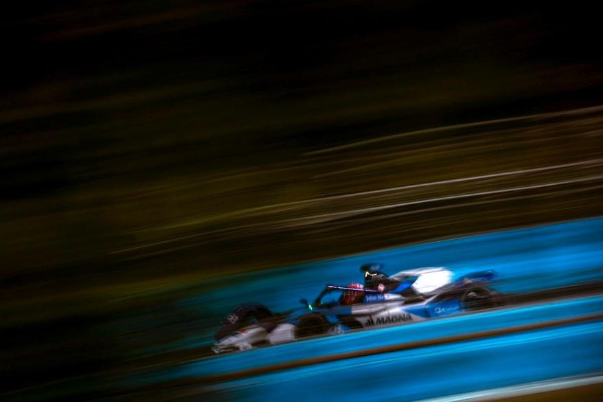 Maximilian Gunther (DEU) BMW I Andretti Motorsports, gets ready ©FIAFormulaE