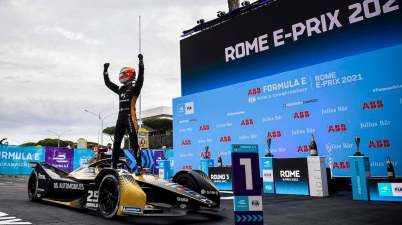 Race Winner Jean-Eric Vergne (FRA), DS Techeetah in parc ferme ©FIAFormulaE
