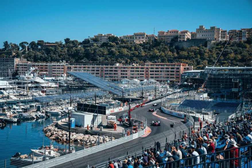 Monaco E-Prix 2021 Schwimmbad @Porsche
