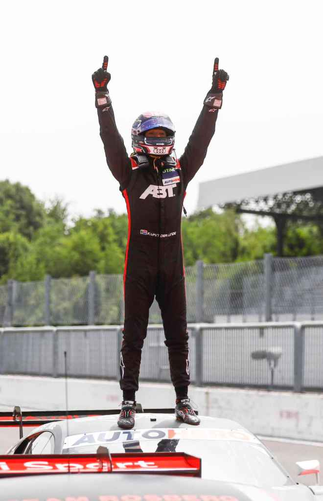 Sieger Kelvin van der Linde,Motorsport: DTM Monza ©DTM,Hoch Zwei