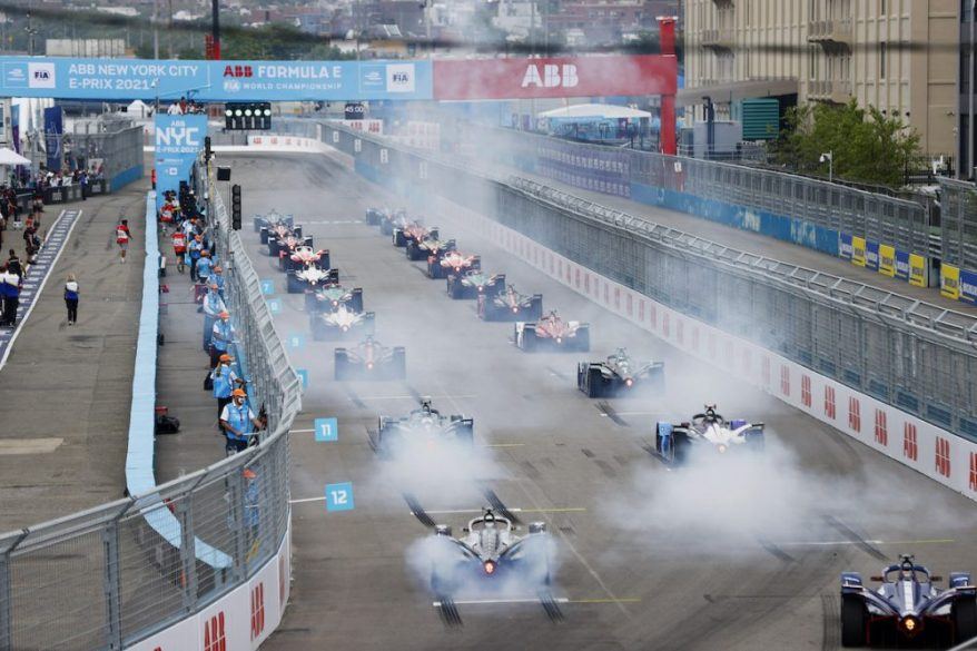 The drivers light up their rears as the start lights go green NYC ©FIA FormulaE