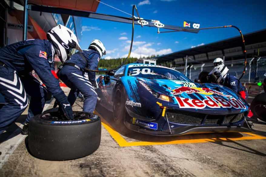 Boxenstopp Ferrari,DTM Spielberg ©DTM,Hoch Zwei